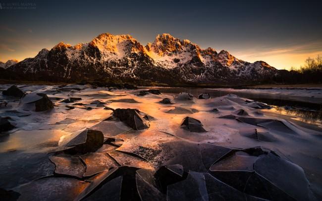 Gallery-Frozen-lake-in-lofoten-28