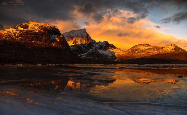 Gallery-Frozen-lake-in-lofoten-29