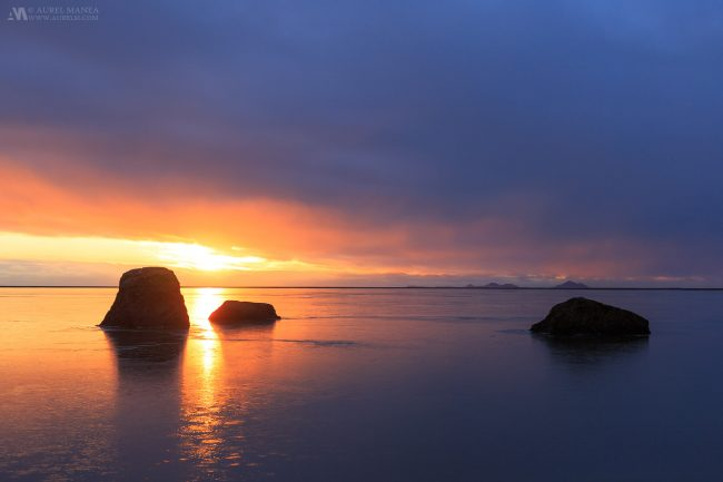 Gallery-Iceland-sunset-over-the-sea-02