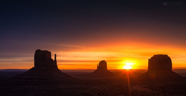 Gallery-Monument-Valley-sunrise-01-1