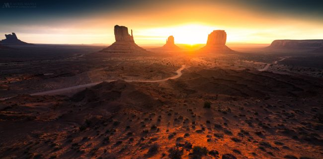 Gallery-Monument-Valley-sunrise-02-1