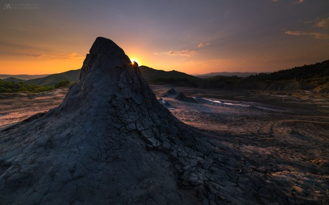 Gallery-Mud-Volcanoes-Romania-03