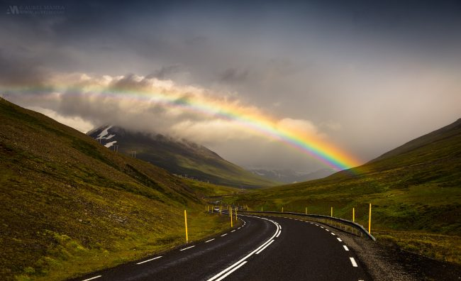 Gallery-rainbow-in-northern-Iceland-01