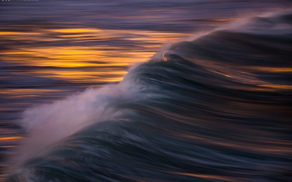 Gallery-waves-in-long-exposure-11