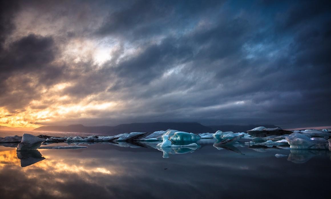 A sunset at Jokulsarlon glacial lake, Iceland
