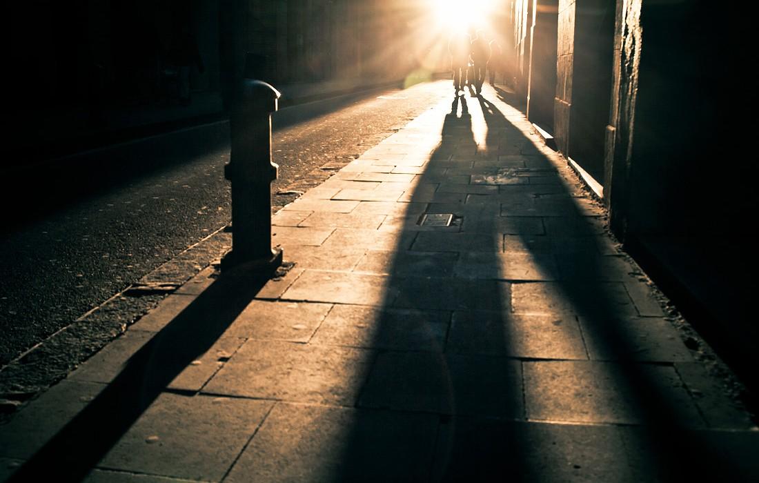 el Raval alley sunset