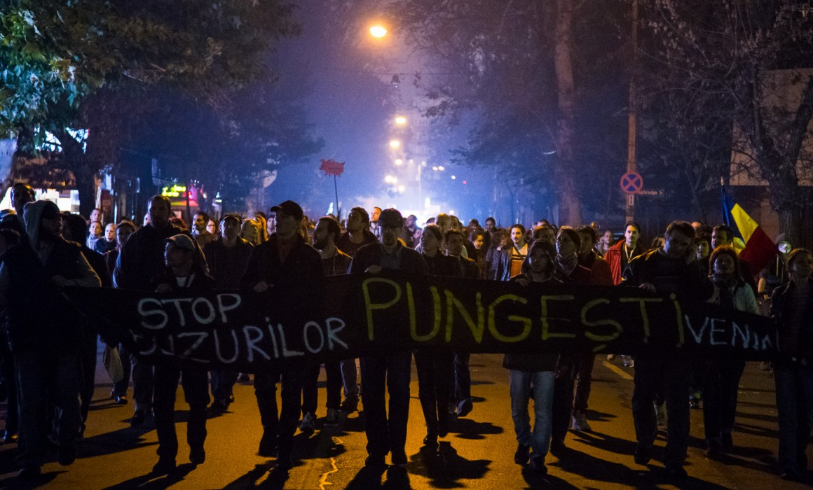 flash-protest-october-16-Bucharest-Pungesti (13 of 29)