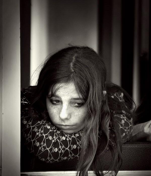 girl-in-Lisboa-01